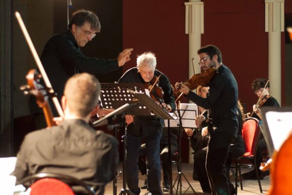 Bach VS Vivaldi10