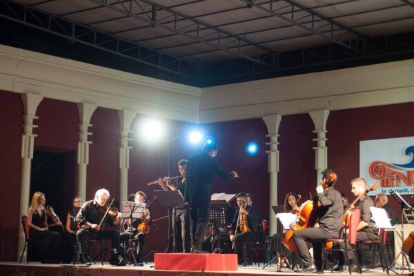 Bach VS Vivaldi12